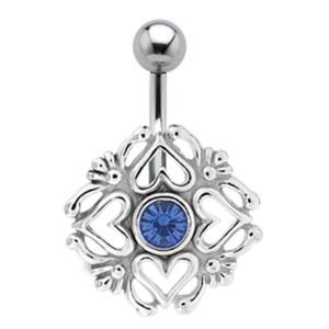 Bauchnabel Piercing mit Silber Design Herzen und Gedöns