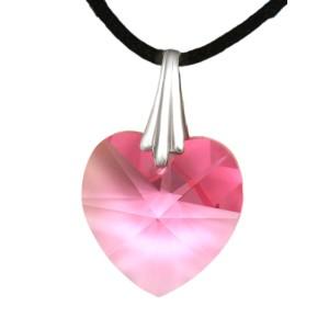 Swarovski-Kristallherz rosa mit einer Kordelkette