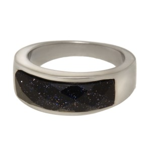 Stahlring mit synthetischem Stein in schwarz