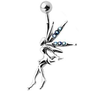 Bauchnabel Piercing mit einer Fee als Motiv