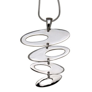 Kettenanhänger mit 4 untereinander hängenden Ovalen aus 925 Silber