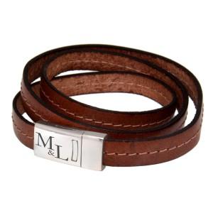 Echtlederarmband hellbraun mit Ziernath, dreifach gewickelt mit Edelstahl Magnetverschluss und individueller Gravur