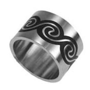 Stahlring mit Maori Motiv