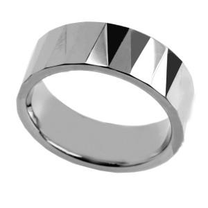 Ring aus Wolfram mit Spitzendesign