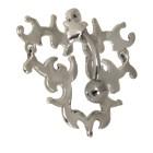 Bauchnabel Piercing mit einem spektakulären keltischen Motiv